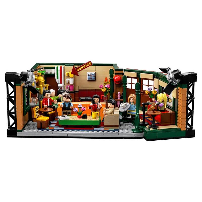 Central Perk – LEGO Brand Retail, Inc.